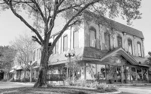 store lt 300x188 - Bridal Shop Fort Lauderdale