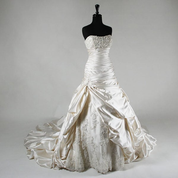 Patricia South Exclusive Wedding Dress 1104