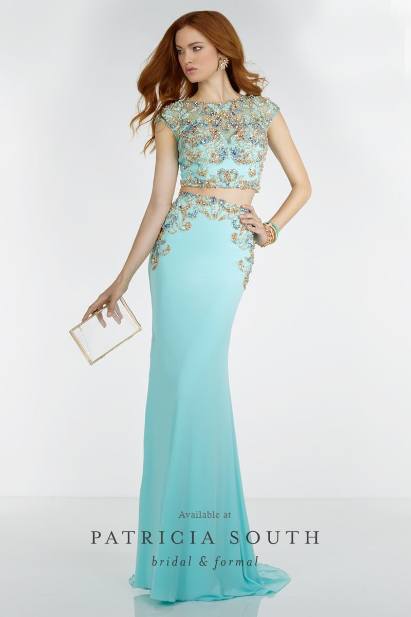 AAP6512 - Prom Gown Look Book