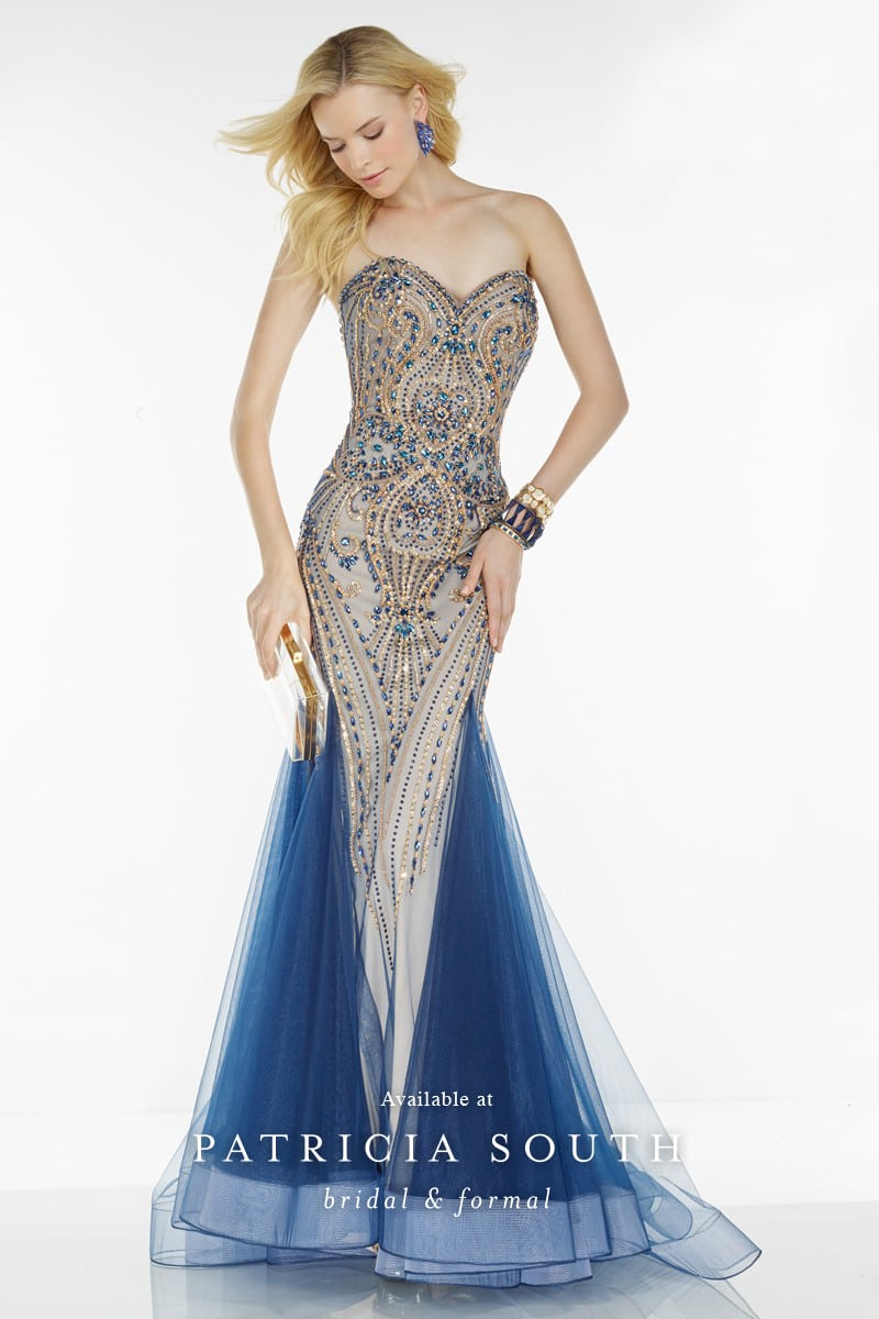 AAP6528 - Prom Gown Look Book