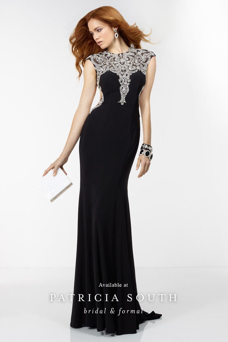 AAP6539 - Prom Gown Look Book