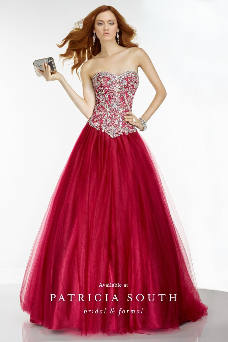 AAP6547 - Prom Gown Look Book