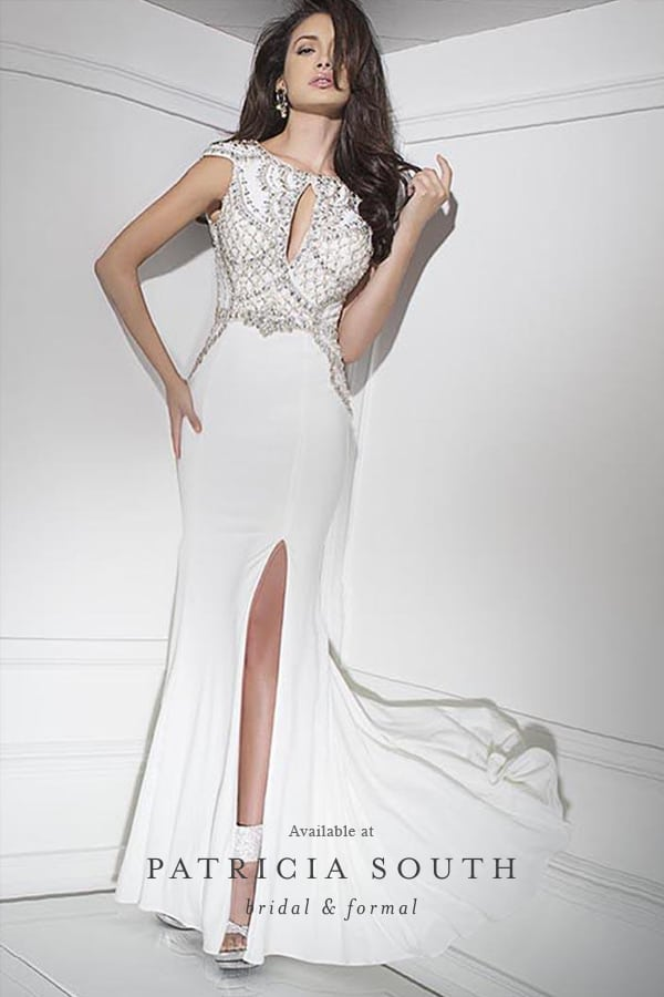 APSTB11624 - Prom Gown Look Book