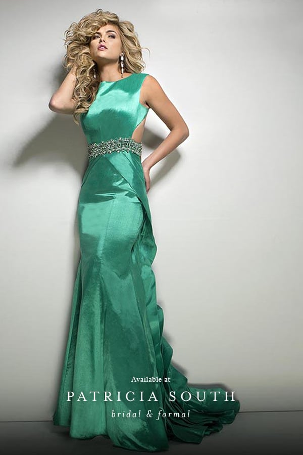 APSTB11678 - Prom Gown Look Book