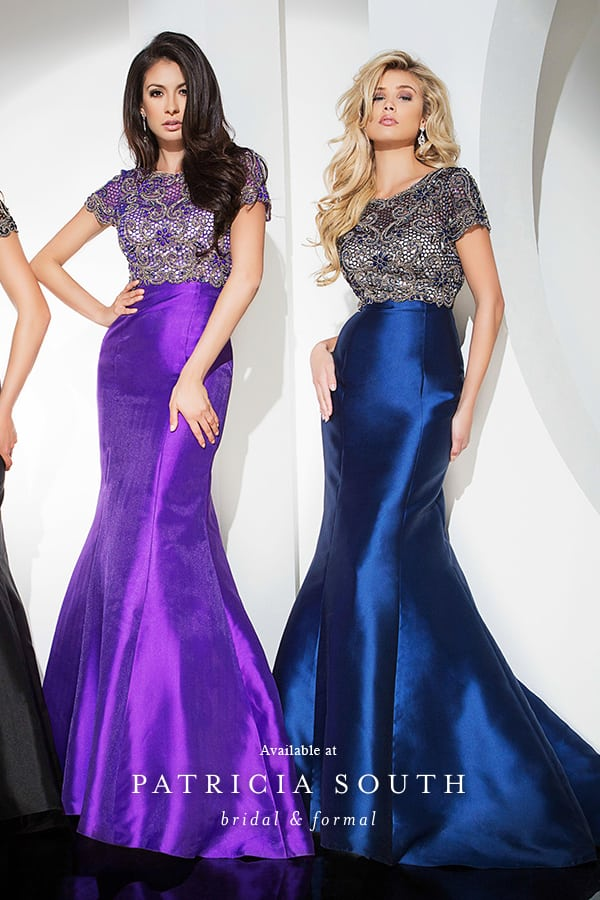 APSTB11688 - Prom Gown Look Book