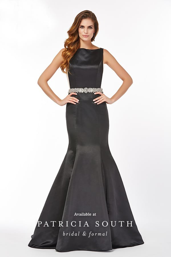 PS610066 - Prom Gown Look Book