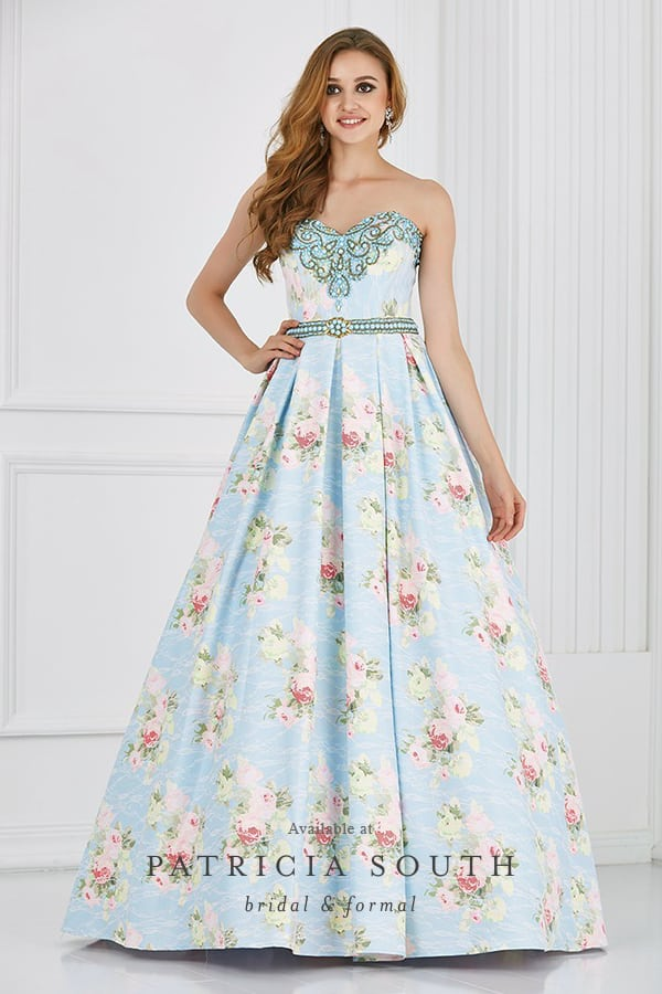 PS611054 - Prom Gown Look Book