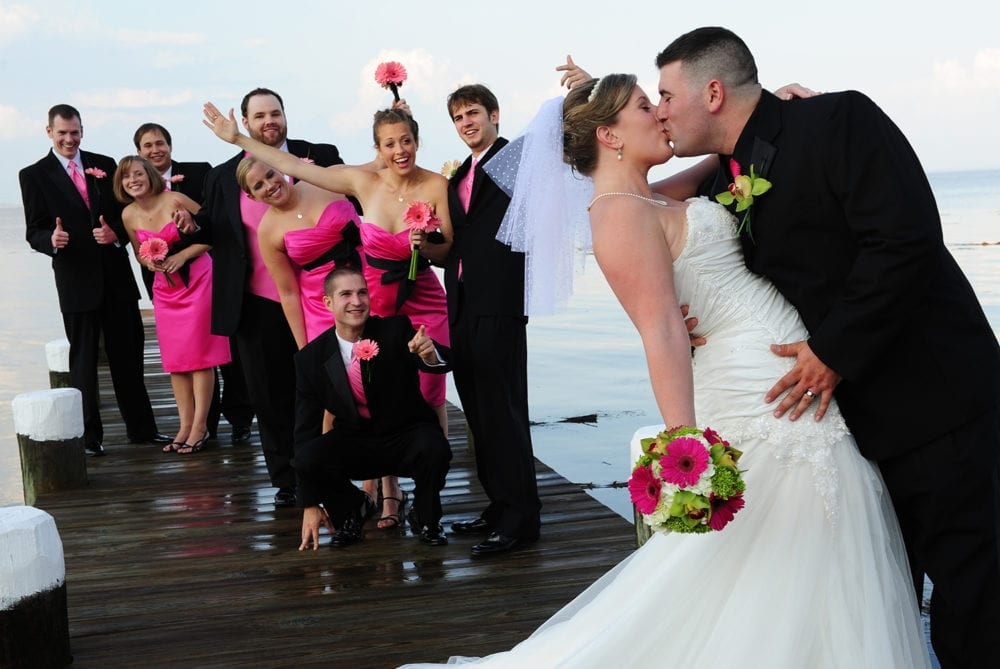 artisan photographics 1000x669 - Preferred Wedding Vendors
