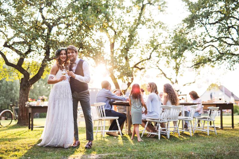 wedding outdoor - 3 Tips to Keep in Mind When Having Your Wedding in Your Backyard